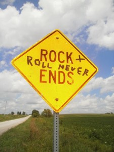 rock and roll never ends (own)